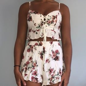 Pacsun | White Floral Two Piece Set